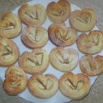 Drożdżowe ciasteczka z jabłkami