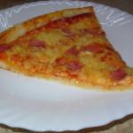 Pizza z przepisu na ciasto M. Gessler