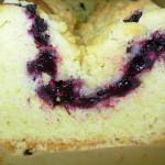 Ciasto drożdżowe ucierane z jagodami i kruszonką